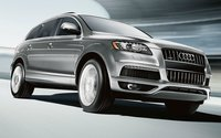 2012 Audi Q7, Front Right Quarter View (Audi of America, Inc.), exterior, manufacturer, gallery_worthy