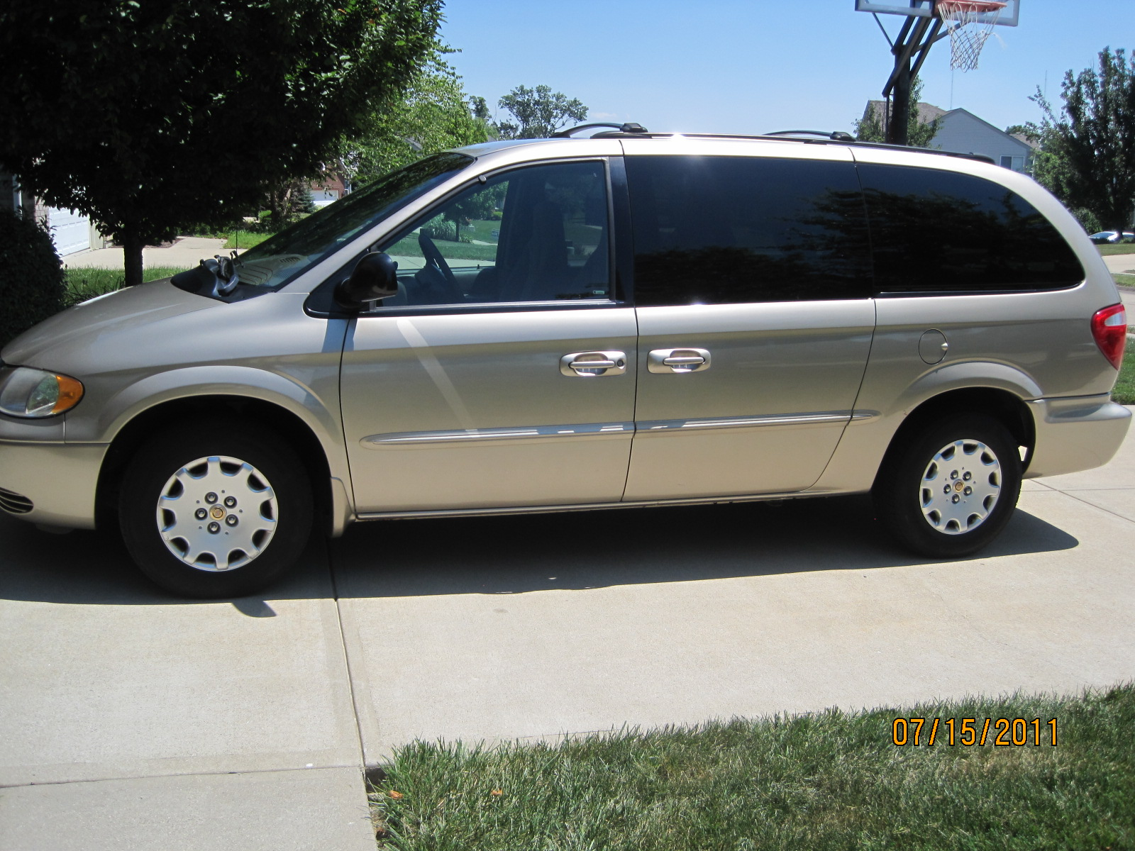 2002 chrysler town country trim information cargurus. Cars Review. Best American Auto & Cars Review