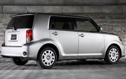 2012 Scion xB, Back Right Quarter View (Toyota Motor Sales, U.S.A., Inc.), manufacturer, exterior