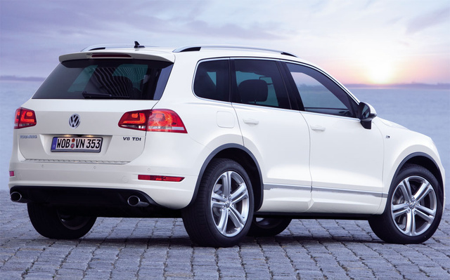 2012 Volkswagen Touareg, Back Right Quarter View (Volkswagen AG), exterior, manufacturer