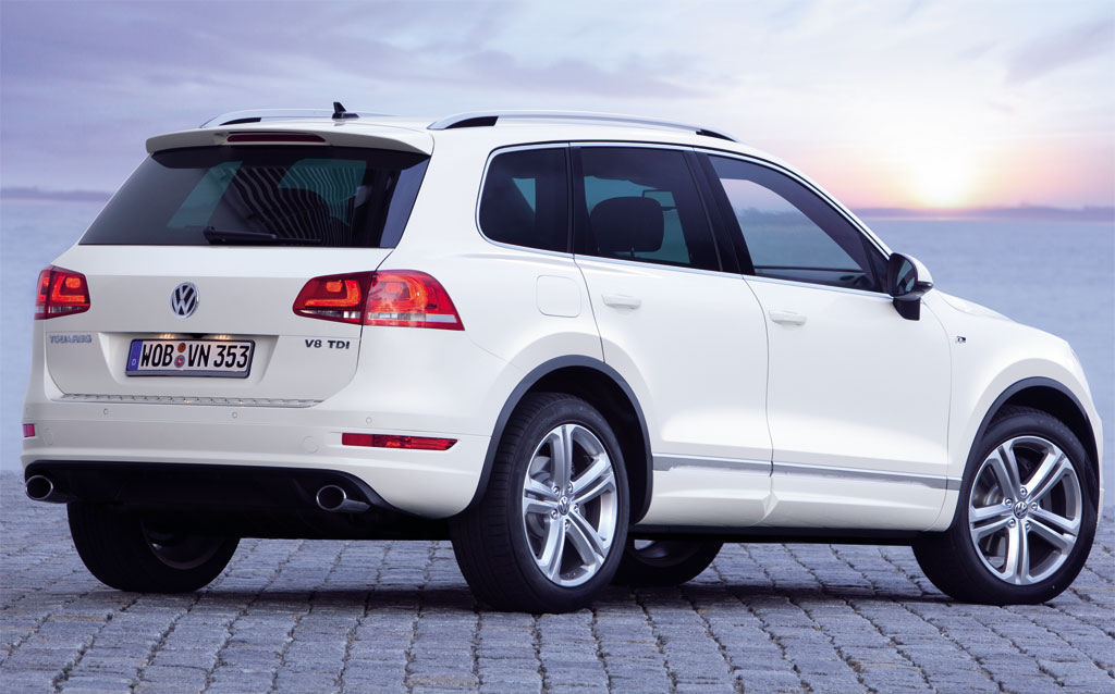 2012 Volkswagen Touareg, Back Right Quarter View (Volkswagen AG), manufacturer, exterior