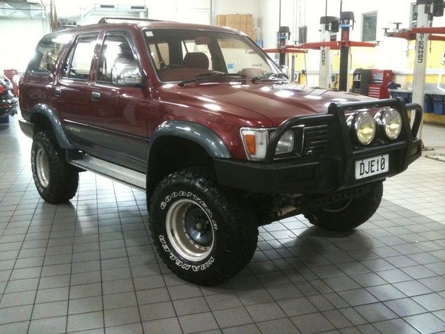 Picture of 1991 Toyota Hilux Surf