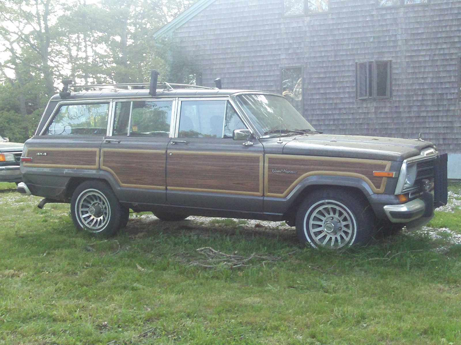Picture of 1984 Jeep Grand Wagoneer, exterior