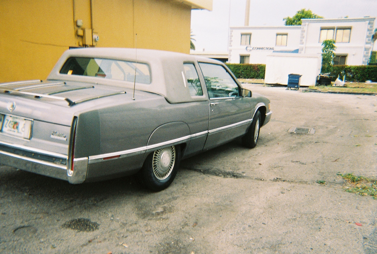 picture of 1990 cadillac fleetwood base coupe exterior. Cars Review. Best American Auto & Cars Review