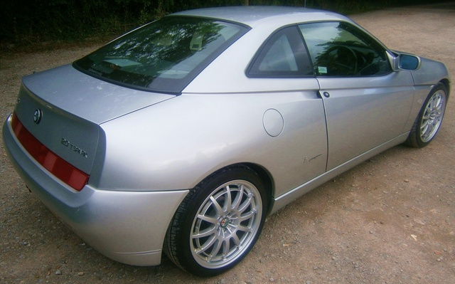 Picture of 2001 Alfa Romeo GTV
