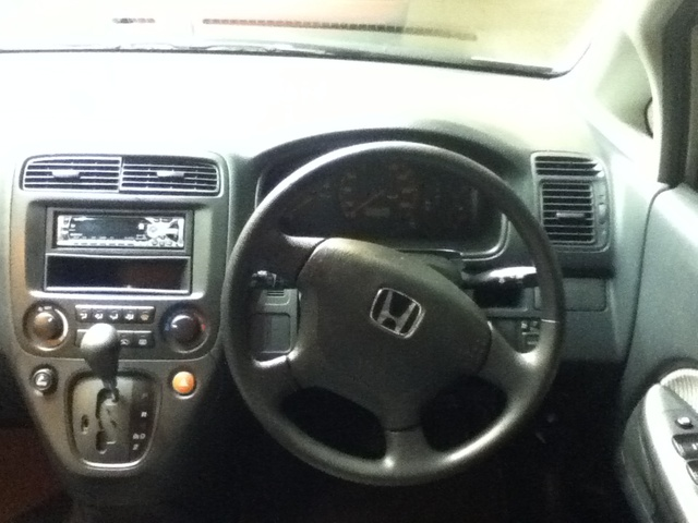 Picture of 2002 Honda Stream, interior