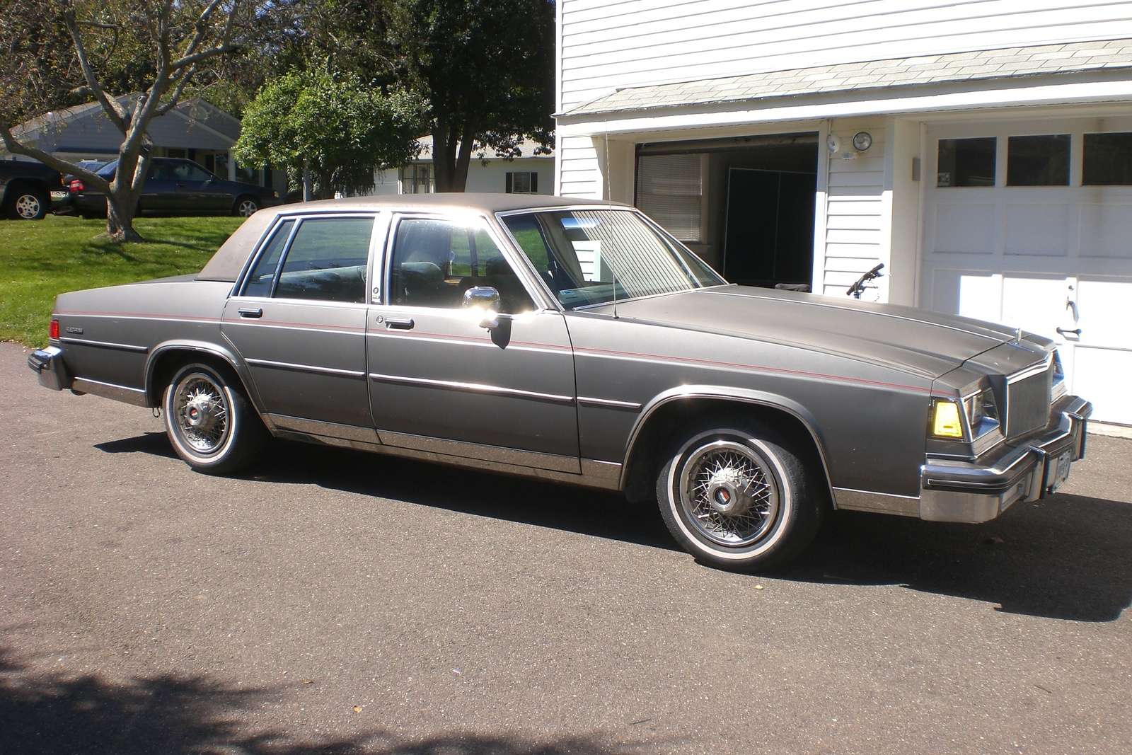 Picture of 1985 Buick LeSabre, exterior