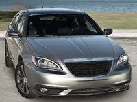 2012 Chrysler 200 Overview