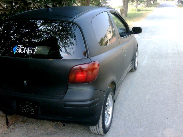 Picture of 2003 Toyota Vitz