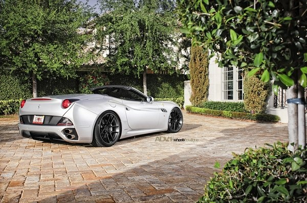 Picture of 2011 Ferrari California