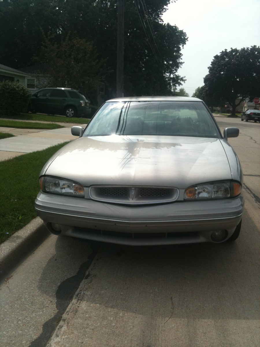 Picture of 1997 Pontiac Bonneville 4 Dr SE Sedan, exterior