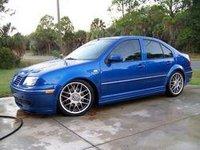 2005 Volkswagen Bora Overview