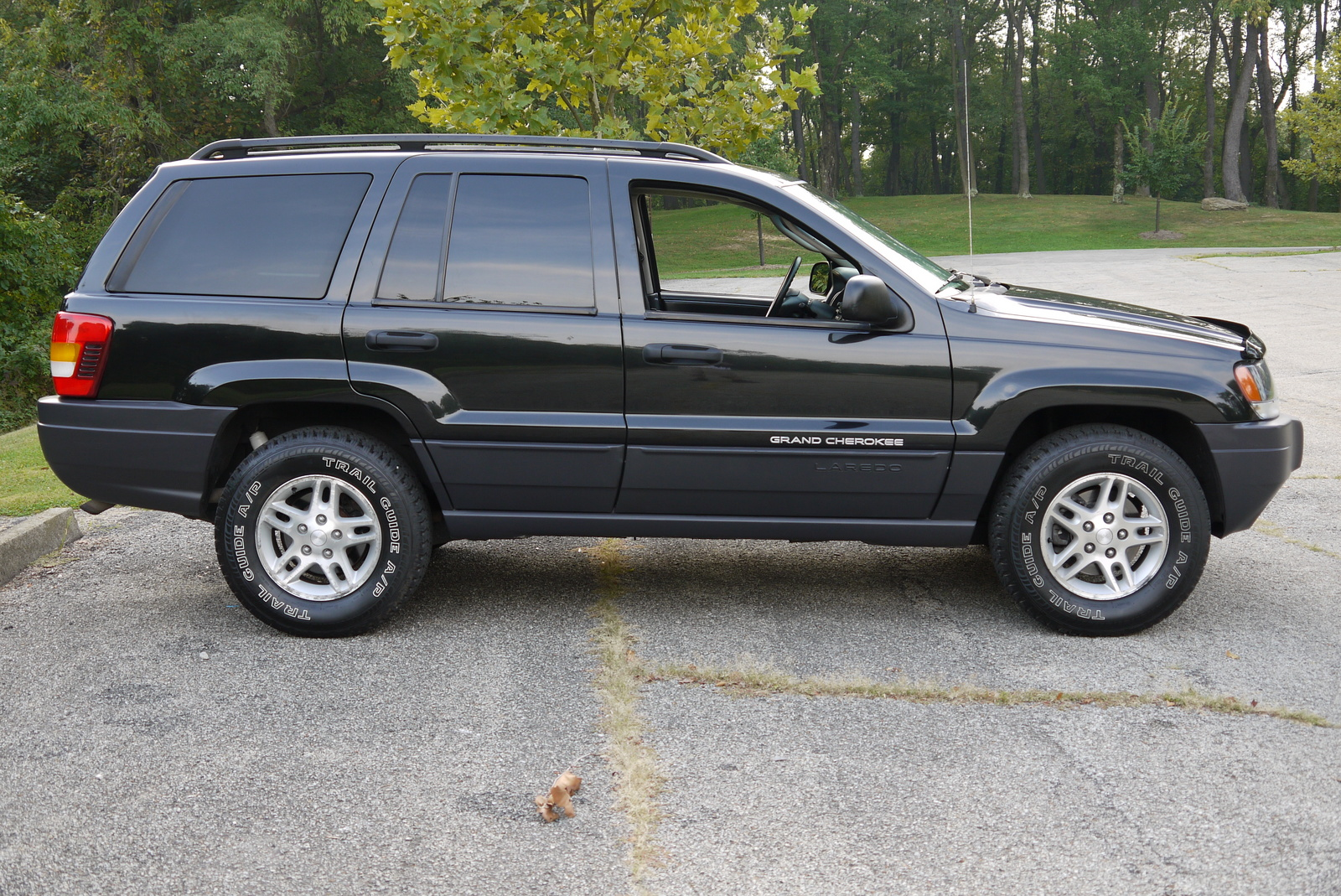 2004 jeep grand cherokee laredo 4wd picture exterior. Cars Review. Best American Auto & Cars Review
