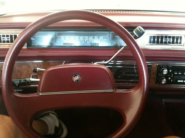 Buick Lesabre Limited Sedan Pic X on 1964 Buick Riviera Custom Interior