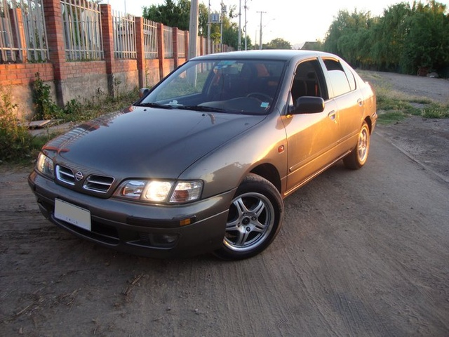 Picture of 1997 Nissan Primera