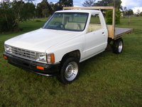1987 Toyota Hilux Overview