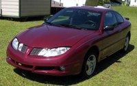 2005 Pontiac Sunfire Base, 2005 Pontiac Sunfire: Front-Driver, exterior