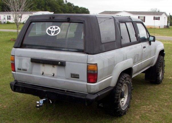 1987 Toyota 4Runner SR5: Top Up Rear-Passanger