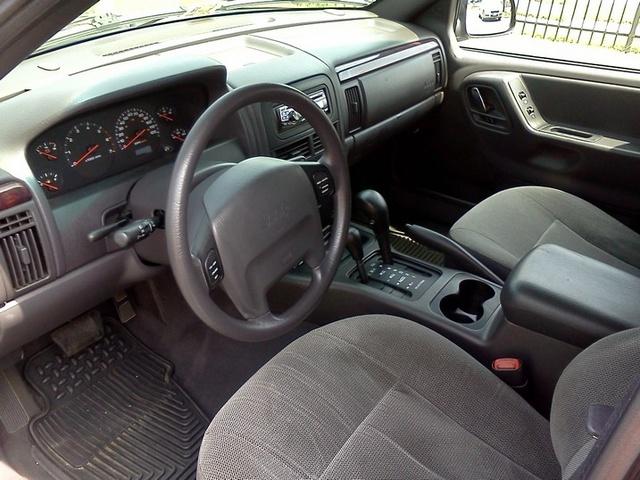 2002 Jeep Grand Cherokee Laredo >> 2000 Jeep Grand Cherokee - Interior Pictures - CarGurus