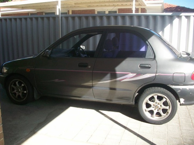 Picture of 1993 Mazda 121