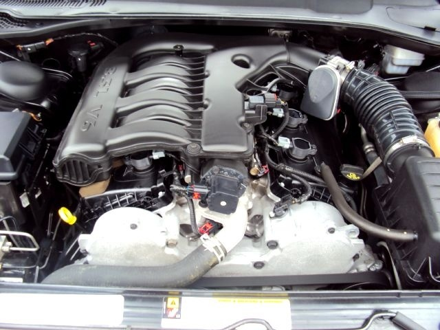 Picture of 2010 Dodge Charger SXT, engine
