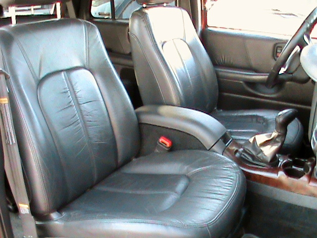 2000 Oldsmobile Bravada 4 Dr STD AWD SUV picture, interior