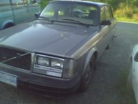 1984 Volvo 240 Picture Gallery