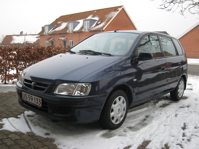Picture of 2001 Mitsubishi Space Star