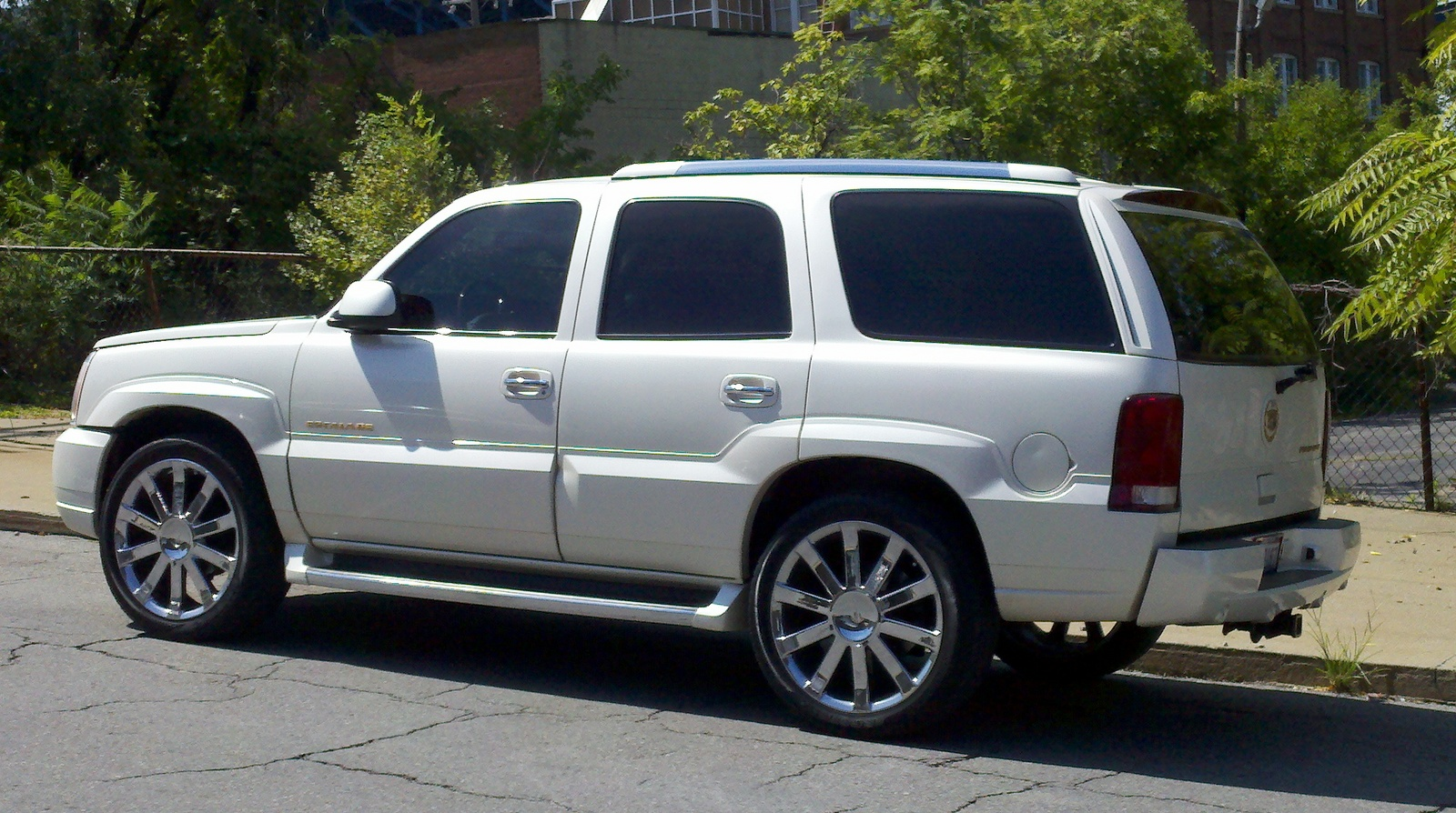 Instructions How To Remove A 2003 Cadillac Escalade