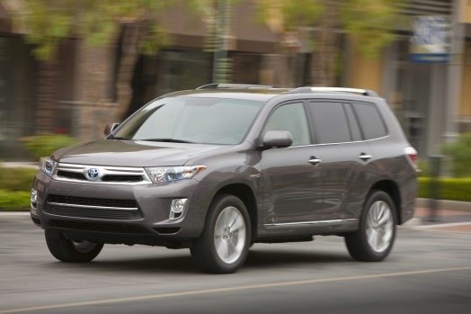 2012 Toyota Highlander Hybrid, Front-quarter view, courtesy Toyota USA, exterior, gallery_worthy