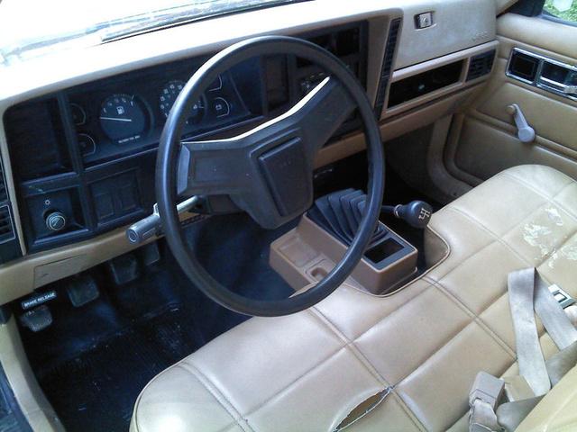Picture of 1986 Jeep Comanche