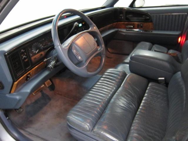 1992 Buick Roadmaster >> 1995 Buick Park Avenue - Interior Pictures - CarGurus