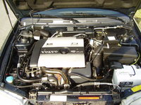 1997 Volvo V40, The car I drove is not the one in this photo., engine