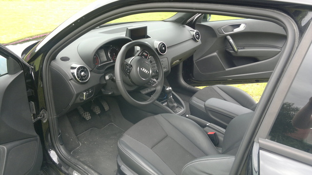 Picture of 2010 Audi A1, interior, gallery_worthy