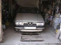 1987 Alfa Romeo 75 Overview