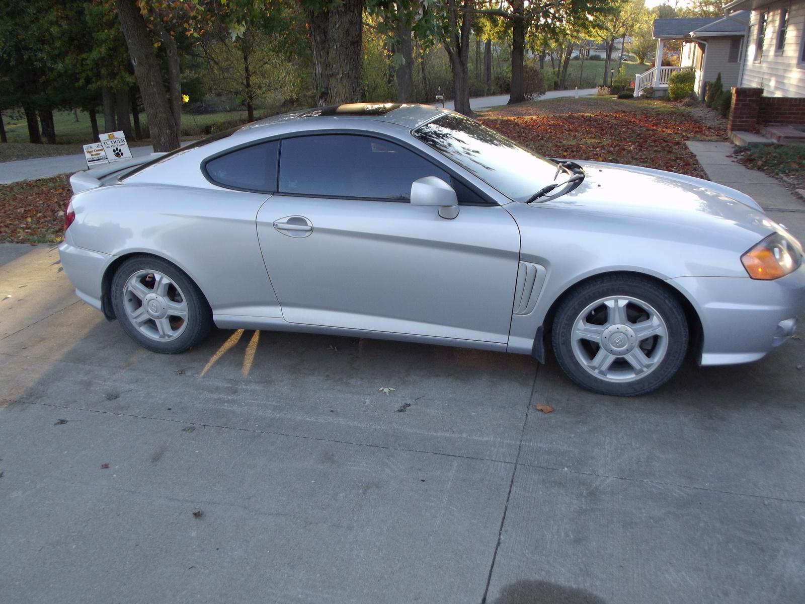 2004 Hyundai Tiburon Pictures Cargurus
