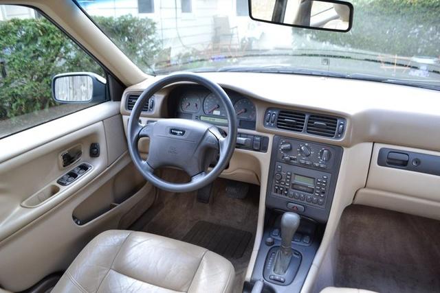 1998 Volvo S70 - Interior Pictures - CarGurus