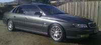2004 Holden Statesman Overview