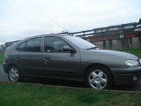 2000 Renault Megane Overview
