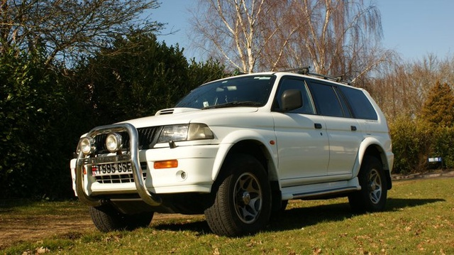 Picture of 1999 Mitsubishi Shogun
