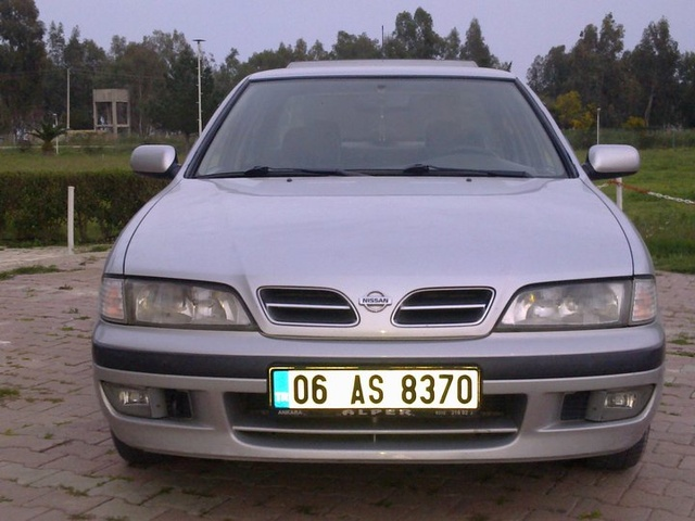 Picture of 1999 Nissan Primera