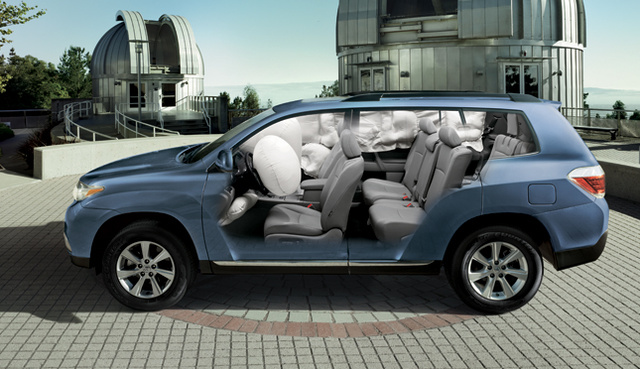 2012 Toyota Highlander Hybrid, Front and back interior. , interior, manufacturer