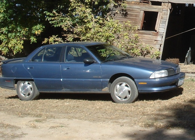 Picture of 1998 Oldsmobile Achieva 4 Dr SL Sedan