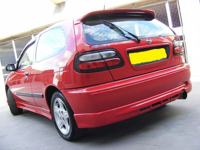 Picture of 2000 Nissan Pulsar