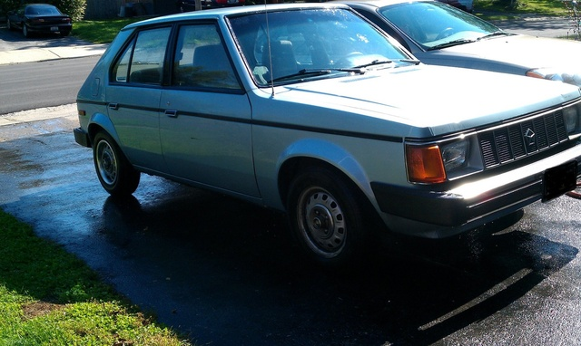 Picture of 1987 Plymouth Horizon