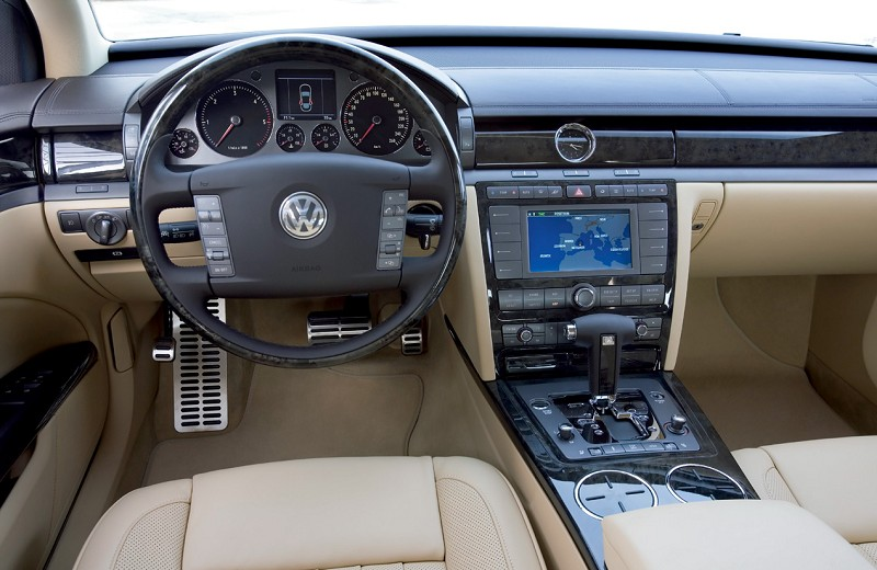2006 volkswagen phaeton interior pictures cargurus. Black Bedroom Furniture Sets. Home Design Ideas