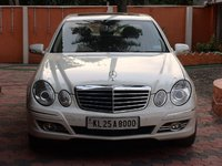 2009 Mercedes-Benz E-Class Picture Gallery