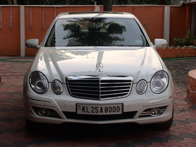 Picture of 2009 Mercedes-Benz E-Class