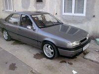 1990 Opel Vectra Overview