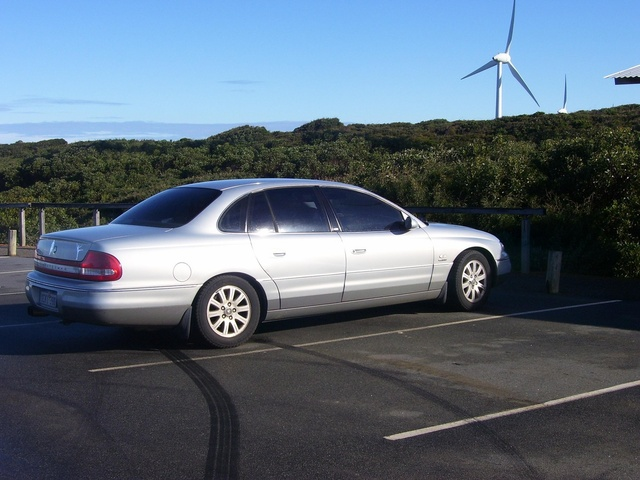 Picture of 2000 Holden Statesman